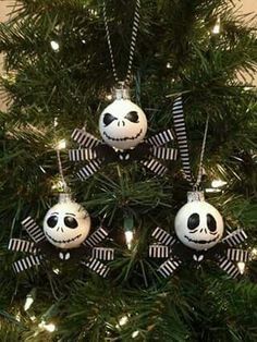 Nightmare before Christmas Decorating Ideas Best Of Zero Nightmare before Christmas Pumpkin Template Of 23 Awesome Nightmare before Christmas Decorating Ideas Christmas Projects, Christmas Themes, Halloween Crafts, Halloween Decorations, Christmas Crafts, Halloween Prop, Nightmare Before Christmas Ornaments, Diy Christmas Ornaments, Glass Ornaments