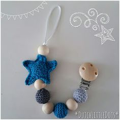 DutchLittleDots - Irene Haakt: Patroon speenkoord met ster / Pattern pacifier cord with star