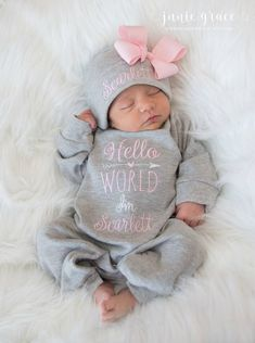 Baby Girl Coming Home Outfit Baby Girl Clothes Personalized Baby Girl Gift Hello World Outfit Newborn Girl Clothes Newborn Girl Hat - Mom to be - Baby Clothing The Babys, Girls Coming Home Outfit, Newborn Girl Outfits, Baby Outfits, Baby Arrival, Girl With Hat, Baby Girl Gifts, Baby Boy, Personalized Baby