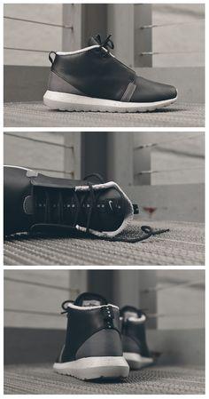 Nike Roshe Run NM Winter Boot: Black