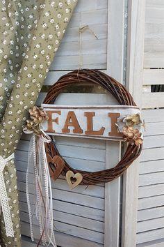 Φέρε τον φθινοπωρινό αέρα στο σπίτι σου με ένα χειροποίητο στεφάνι. Διάβασε πως να το φτιάξεις στο άρθρο μας και δες ακόμα περισσότερες ιδέες για στεφάνια. #wreath #falldecor #fallwreath #φθινοπωρινηδιακοσμηση #διακοσμηση2019 #φθινοπωριναδιακοσμητικα #φθινοπωρινοντεκορ #falldecor #falldecorating #falldecorideas #diyfalldecor #diyhomedecor #autumndecor #autumndecorations #indoorautumndecorations #diyhomedecor #diyhomedecorideas #barkasgr #barkas #afoibarka #μπαρκας #αφοιμπαρκα…