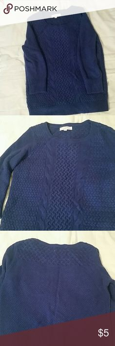 ANNE TAYLOR LOFT sweater Women's Large sweat from Anne Taylor Loft. Has some slight piling but no rips or stains. Still in good condition! 3/4 sleeves. LOFT Sweaters Crew & Scoop Necks