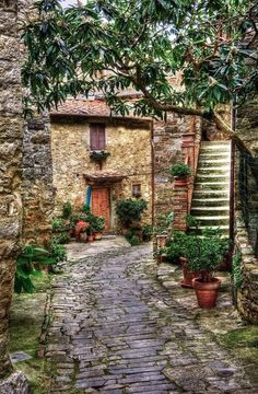 Montefioralle, Italy by Dennis Rainville