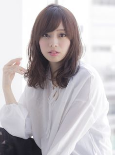 Medium Long Hair, Medium Hair Styles, Short Hair Styles, Blue Back, Hair Lengths, Her Style, Asian Beauty, Stylists, Hair Cuts