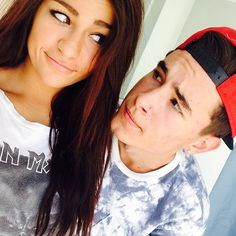 Andrea Russet and her boyfriend Kian Lawley SUCH a cutie couple! Thumbs up for Kiandrea! Romantic Photos, Romantic Couples, Cute Couples, Perfect Relationship, Cute Relationships, Relationship Goals, I Want, Kian And Andrea, Bae