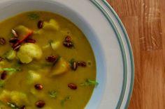 Hokkaido polievka s karfiolom a feniklom