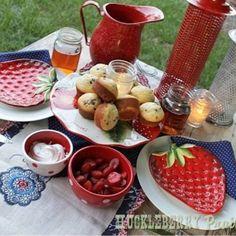 Cutie strawberry plates!