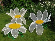 Daisy Chair set.... I SHOULD HAVE BOUGHT THEM IN ROUND TOP!!!  @kelleybrownlow