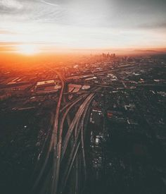 Dylan Schwartz Captures Stunning Sky-High Photos of Los Angeles Aerial Photography, Landscape Photography, Art Photography, Gta, Land Of The Brave, City Landscape, California Dreamin', Photoshoot Inspiration, Sky High