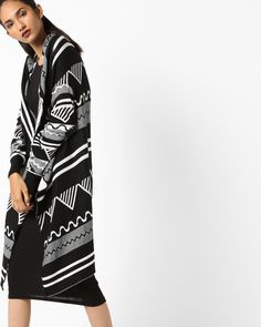 8e0a81fbd6026 Buy AJIO Black   White Geometric Print Long Shrug