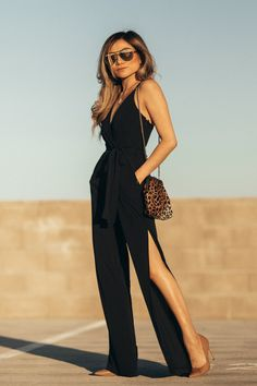 VALENTINE'S DAY 2018 with Express Valentine's Day Outfit Ideas - Date Night, Galentine's Day or Work Cocktail Looks with Express x Miss Louie women jumpsuit going out outfits Go Out Outfit Night, Valentine's Day Outfit, Night Outfits, Summer Outfits, Cruise Outfits, Fashion Night, Women's Summer Fashion, Fashion 2020, Runway Fashion