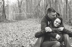 fall couples pictures winter photography  Adriana Lennon Photography