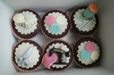 Chocolate cupcakes for a dressmaker   by Maria Olejniczak
