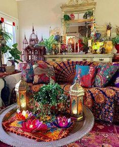 47 Cozy Bohemian Living Room Decor Ideas – Home Decoration Bohemian Living Rooms, Bohemian House, Boho Room, Bohemian Interior, Living Room Decor, Hippie Living Room, Bohemian Furniture, Hippie Bohemian, Gypsy Room