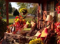 Autumn Porch Decorating Ideas | Autumn Porch Decorating Contest Entries | Autumn Decorating