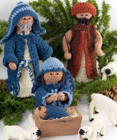 Nativity Set, I think you can  adjust the 2 male patterns for the other wise me, still looking for a camel crochet pattern