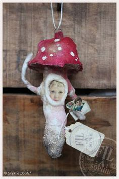 Fil À Sophie Cotton Batting Mushroom Toadstool Ornament, Victorian Scraps, Valentine´s Day, Heart, Love, Vintage scraps, Die cuts, Nostalgic Decoration, Spun Cotton Ornament