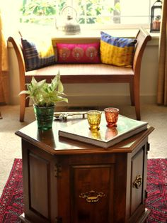 Share this on Indian Interior Design Ideas. Indian Interior Design is the output of the amalgamation of various culture, celebration History, Art, Tradition across the country. Decor, Home N Decor, Indian Interior Design, Indian Decor, Living Room Decor, Perfect Living Room Decor, Indian Home Interior, Indian Interiors, Interior Design