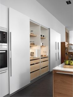 Kitchen Pantry Design, Kitchen Organisation, Modern Kitchen Design, Home Decor Kitchen, Home Interior Design, Interior Decorating, Open Plan Kitchen Diner, Wardrobe Design, Living Room Modern