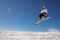 Snow kite in Seli Greece Greece Tourism, Start Of Winter, Thessaloniki, Wakeboarding, Winter Activities, Kite, Rafting, Mountain Biking, Skiing