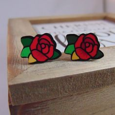 Red Rose Earrings Pair Retro Painted Floral Tattoo Inspired Jewellery UK NEW Lip Piercing, Ear Piercings, Jewellery Uk, Fashion Jewelry, Stretched Ears, Rose Earrings, Body Mods, Native American Jewelry, Red Roses