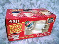 $9.99 1980 SOLO COZY CUPS STARTER PACK 2 HOLDERS 10 PLASTIC CUPS IN UNOPENED BOX