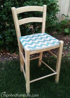 Flip n Find Furniture – From trash to cash one project at a time Diy Furniture Redo, Painted Furniture, Furniture Ideas, Cash First, Diy Painting, Chevron, Dining Chairs, Projects, How To Make