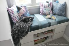 HOW TO MAKE A SIMPLE WINDOW SEAT CUSHION - FROM RECLAIMED DENIM JEANS!