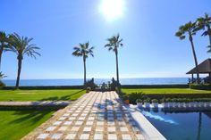 Frontline beach villa for sale in Los Monteros, #Marbella 17.000.000 €