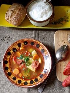 Ciorba-de-cartofi-cu-carnat (10) Thai Red Curry, Goodies, Food And Drink, Ethnic Recipes, Rome, Sweet Like Candy, Gummi Candy, Sweets