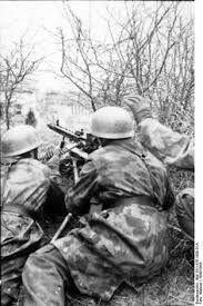 """Résultat de recherche d'images pour """"attaque allemande à leningrad photos couleurs"""""""