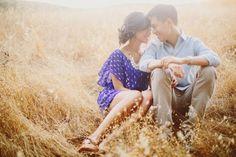 Engagement Photo Inspiration #weddingideas #engagementideas #peartreegreetings