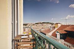 Travessa Joao de Deus, 8, 4th floor left (no lift), in the Chiado quarter - Fado Flats