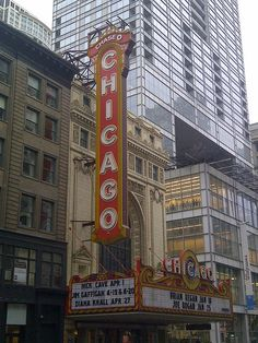 Chicago Theater marquee, an enduring symbol of the Windy City.