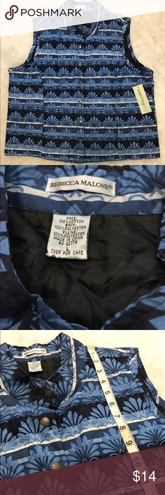 Blue Patterned Women's lined vest Large NWT Blue Patterned Women's lined vest Large NWT Rebecca Malone brand. No noted defects. 🚫No trades ✅Reasonable offers submitted though offer button accepted. 🚭Smoke free home💌 Rebecca Minkoff Jackets & Coats Vests