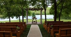 Wedding Venues near Des Moines for all those friends I love :)