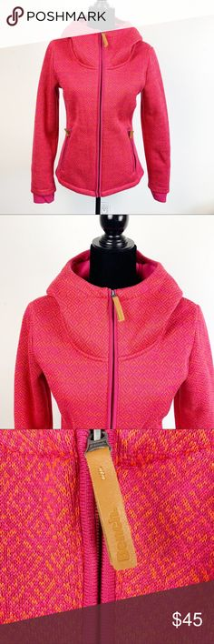 2bf7bf9690a172 Bench Pink Hooded Full Zip Fleece Lined Jacket Jacket is in excellent  condition and very warm