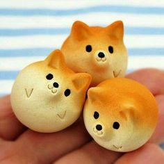 Too cute to eat! Desserts Japonais, Cute Food, Yummy Food, Kawaii Dessert, Cute Bento, Bento Recipes, Cute Desserts, Japanese Sweets, Japanese Food Art
