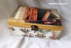 Krakowianka jedna...: Herbatka w akordeonie...