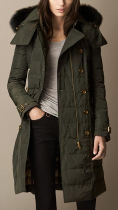 Burberry Fur Trim Downfilled Parka in Green (dark olive)