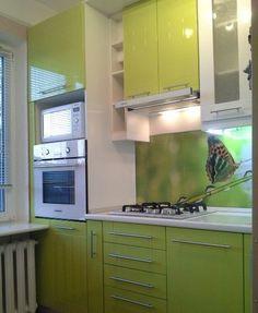 Маленькая, но удобная кухня