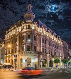 bring you to Bucharest Romania .  Photo by @albertogrosescu . Tag us or use #travelshotba in your images . Follow:  @travelshot.ba @travelshot.eu . . . . . . . . . . #vscoromania#ig_bucharest #ig_bucuresti#ig_romania #igersbucharest #romania#bucharest#romanian #romaniamagica #visitromania #romaniafrumoasa #romaniapitoreasca #transylvania #enjoybucharest #romaniangirl