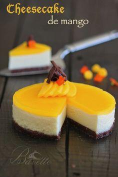 Mango Cheesecake To Make On Any Occasion Sweet Desserts, Sweet Recipes, Delicious Desserts, Cake Recipes, Dessert Recipes, Yummy Food, Granola, Mango Cheesecake, Mango Cake
