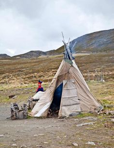 "Sami ""tents"" similar to the Indians' abodes"