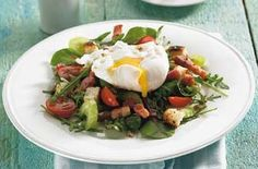 Poached egg and bacon salad - 50 filling salad recipes