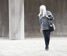 Acne Pullover #acne #acnestudios #bootcut #flare #knit #knitwear #minimal #fashion #streetstyle #mansurgavriel #zign