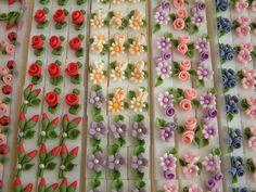 Fondant Flower Cake, Buttercream Flower Cake, Fondant Bow, Fondant Cakes, Wilton Cake Decorating, Cake Decorating Tutorials, Cookie Decorating, Royal Icing Templates, Royal Icing Transfers