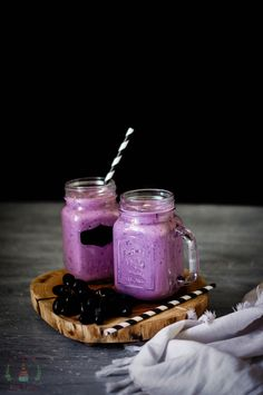 Hello my Dear Wonderful Readers! So, i know it's only February but it sure feels like summer out here and we have started making lots more smoothies and juices. So this morn… Grape Smoothie, Vanilla Smoothie, Yogurt Smoothies, Healthy Breakfast Smoothies, Smoothie Diet, Diet Challenge, Vegan Cheese, Plant Based Diet, Milkshake