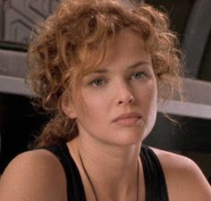 dina meyer dizzy flores strship troopers 1997
