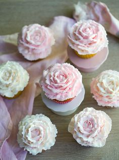 This weekend, I made a batch of birthday cupcakes in honor of my friend's birthday. She requested plain vanilla. Now, I love a vanilla cupcakes BUT given that it was a special occasion, I thought it would be nice to make the decorations a bit more special.? Buttercream roses are so beautiful and really easy! As always, the key is having the right tools. For this cake, a large petal tip (number 126 if your wondering ?) is really important. It takes an extra minute or two longer than a plai...